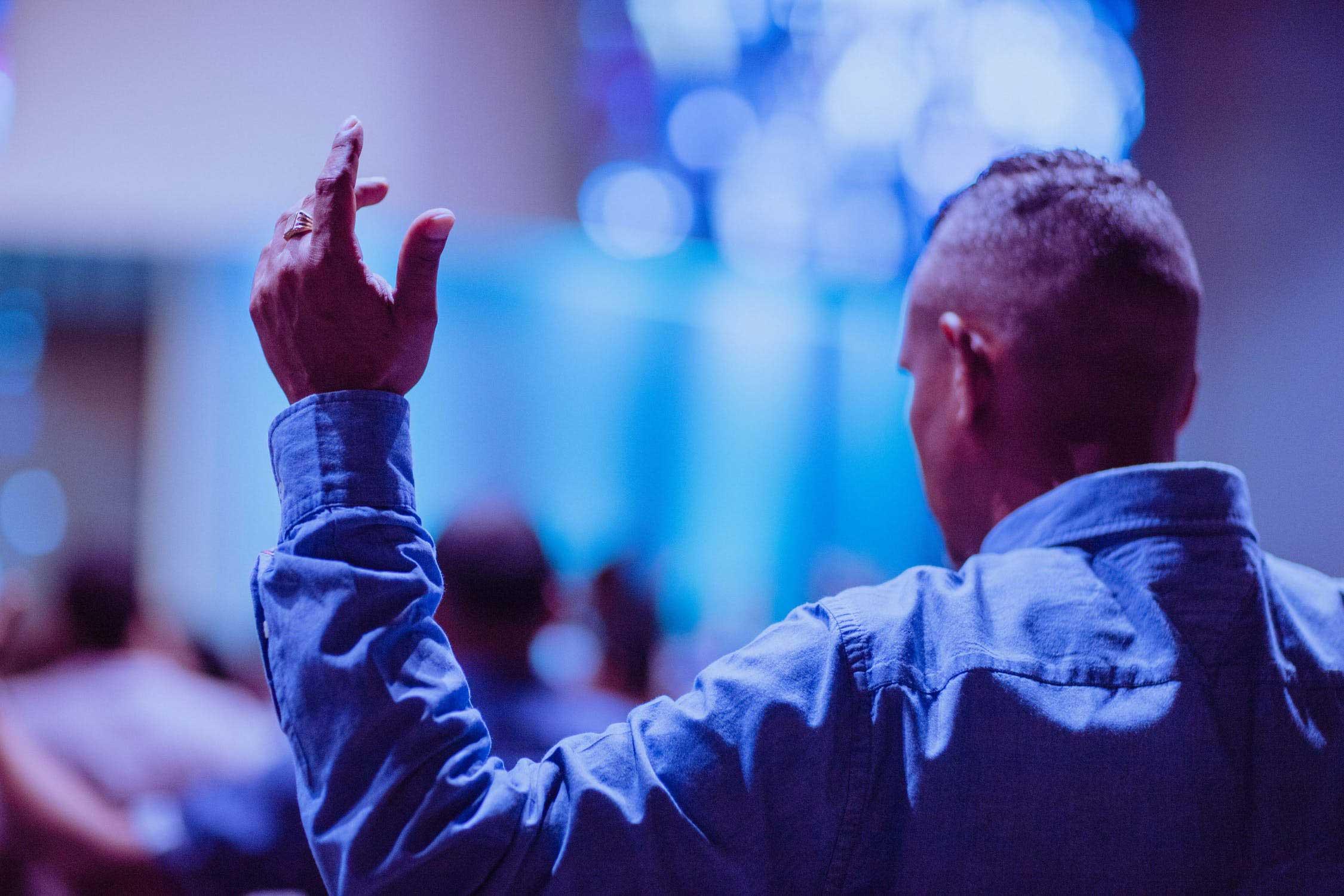 Congregation preaching